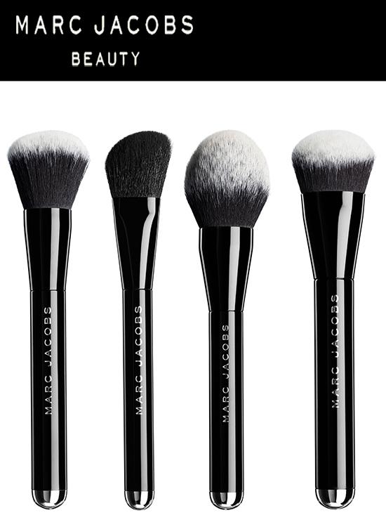 Angled Blush Brush (US$38,00) Liquid Foundation Brush (US$48,00) Sculpting Foundation Brush (US$48,00) Bronzer Brush (US$78,00)