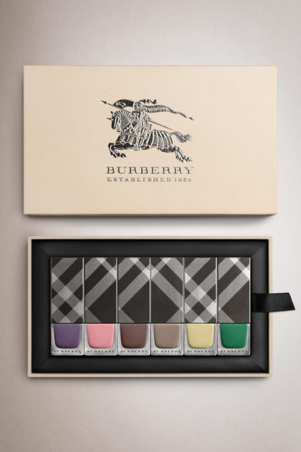 burberry-esmaltes-primavera-verao-2014
