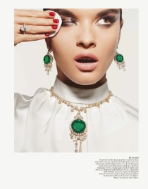 editorial-vogue_paris-outubro-2013-crystal_renn-2