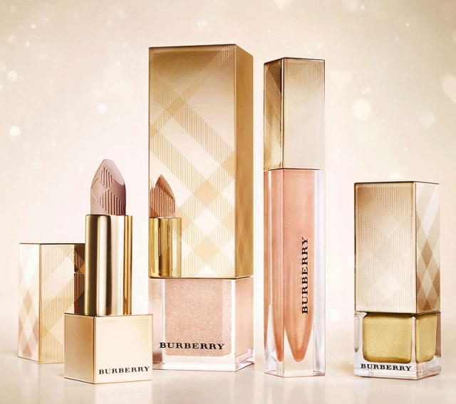 Lip Mist Festive Gold 216, £ 22.50     Nail Polish Light Gild 107,  £15     Fresh Glow Nude Radiance  01,  £34     Lip Glow Trench Kiss 24,  £18.50