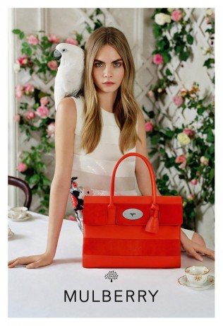 Cara-Delevingne-Mulberry-SS14-02-934x1365